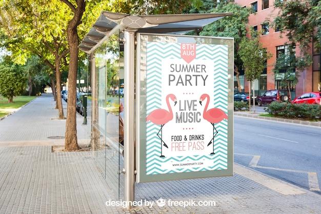 Mockup di cartelloni pubblicitari fermata dell'autobus