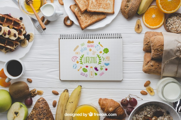 Mockup di cibo con notebook