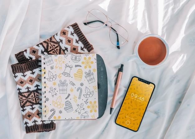 Mockup di copertina di notebook con il concetto di natale