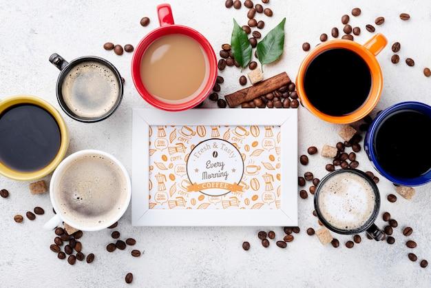 Mockup di cornice caffè vista dall'alto