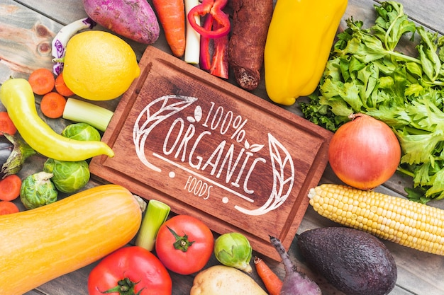 Mockup di etichetta in pelle con il concetto di cibo sano