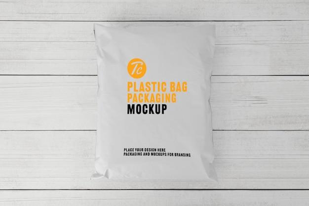 Mockup di imballaggio bianco sacchetto di plastica bianco per il vostro disegno