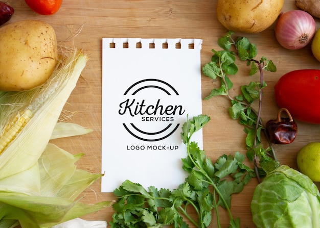 Mockup di logo di fattoria e cibo