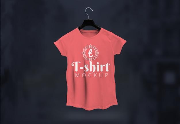 Mockup di maglietta femminile