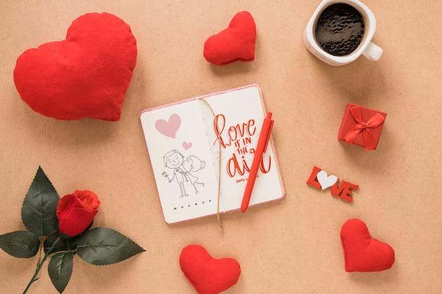 Mockup di notebook per san valentino
