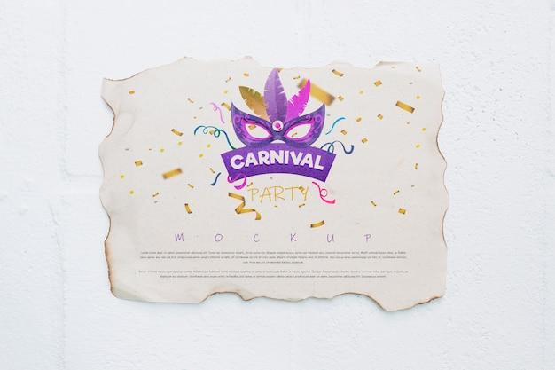 Mockup di pagina di carta con il concetto di carnevale