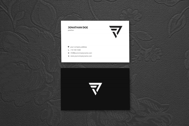 Mockup di rose vertical businesscard vintage