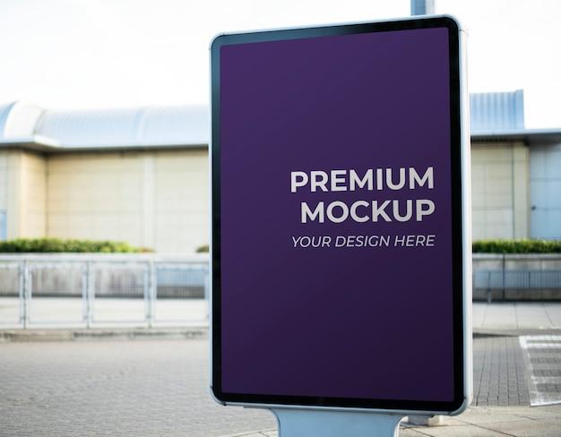 Mockup di segno di annuncio