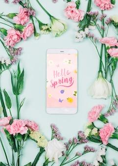 Mockup di smartphone con il concetto di primavera