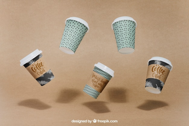 Mockup di tazza di caffè galleggiante