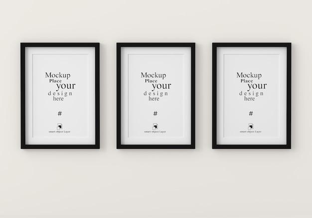 Mockup drie lege fotolijstjes voor mockup in lege witte ruimte