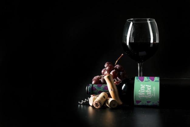 Mockup elegante de vino con copyspace