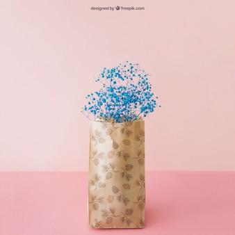Mockup de flor en bolsa