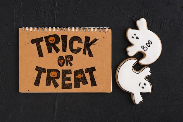 Mockup de halloween con calendario