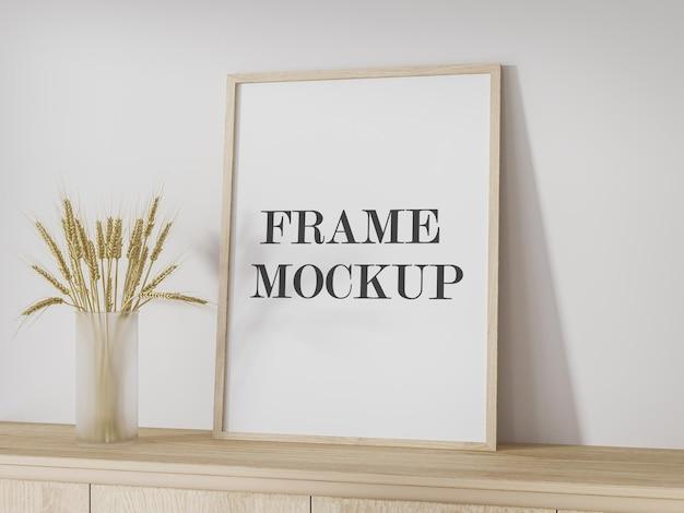 Mockup houten frame leunend tegen muur