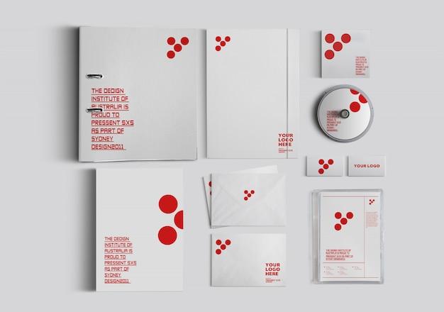 Mockup kantoorbenodigdheden cd-boek notitieboekje en brief