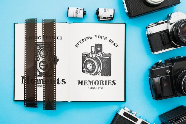 Mockup de libro abierto con concepto de fotografía