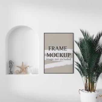Mockup met dun frame in interieur in cycladische stijl