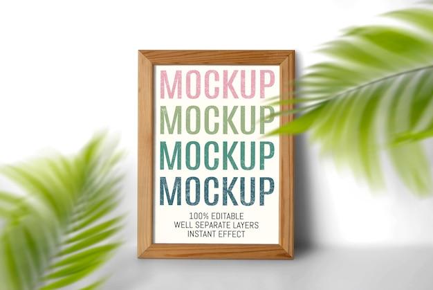 Mockup met dunne houten lijst