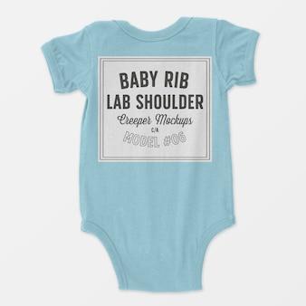 Mockup met schouderribben voor babyribben