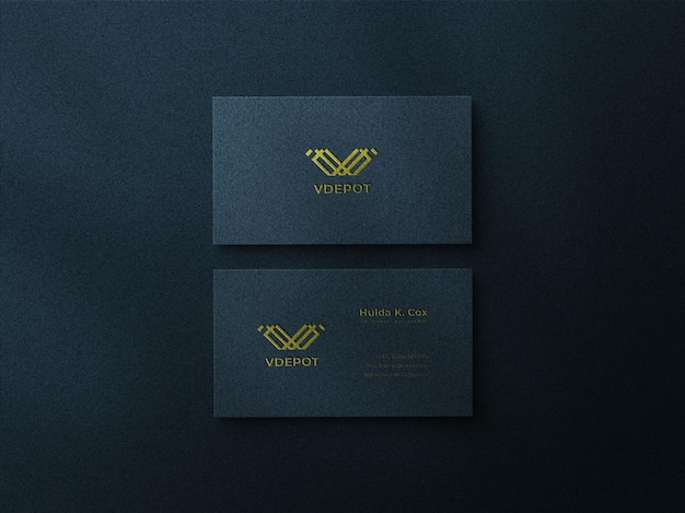 Mockup-ontwerp voor visitekaartjes met schaduwoverlay en reliëfeffect