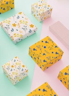 Mockup de packaging con cajas de joyería
