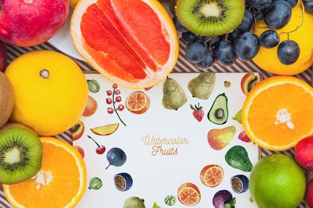 Mockup de papel con frutas