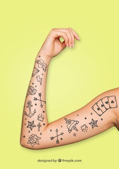 Mockup per l'arte del tatuaggio