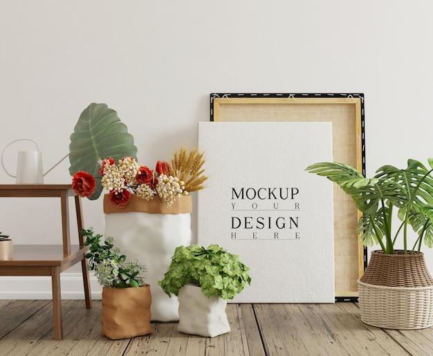 Mockup poster in eenvoudig interieur met decoraties en bloemen