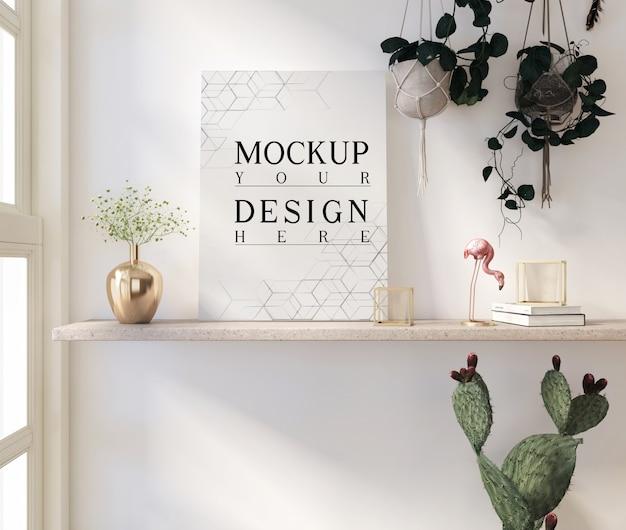 Mockup poster nel moderno salotto bianco con vaso e decorazioni