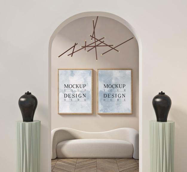 Mockup poster nel moderno salotto contemporaneo con divano
