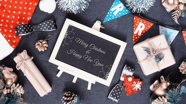 Mockup schoolbord voor kerstmis en nieuwjaar