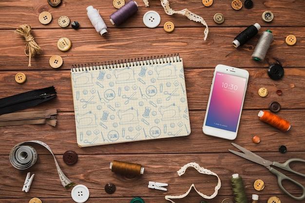 Mockup de smartphone con concepto de coser