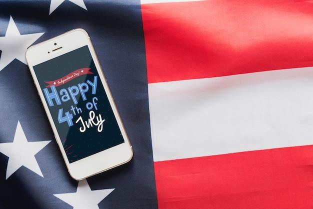 Mockup de smartphone para el día de la independencia de los eeuu