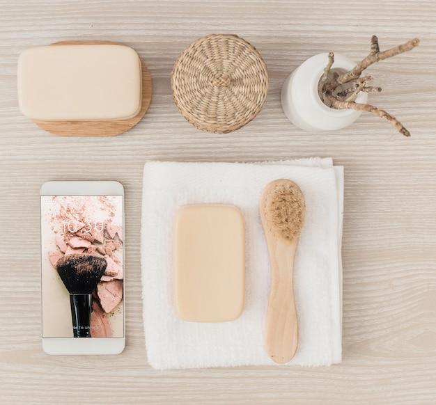Mockup de spa con smartphone