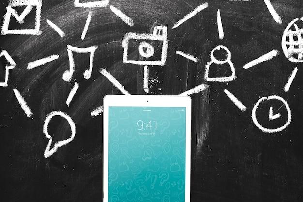 Mockup de tablet con concepto de internet