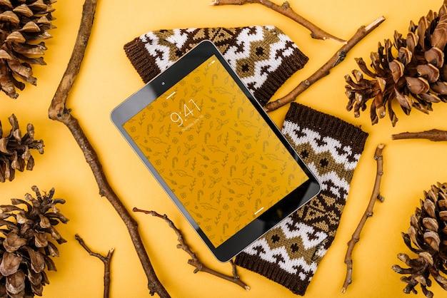 Mockup de tableta con concepto de navidad PSD gratuito