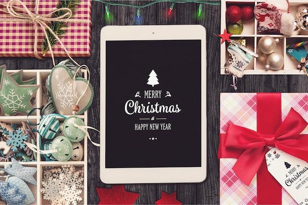 Mockup de tableta con diseño de navidad