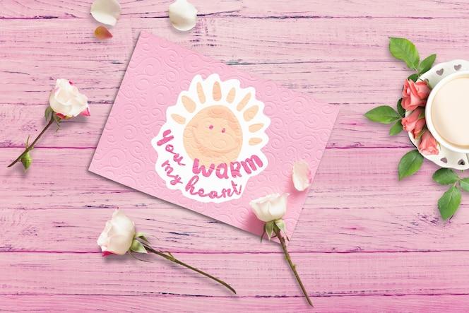 Mockup de tarjeta con diseño de san valentín