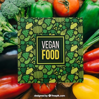 Mockup de tarjeta con diseño de verduras