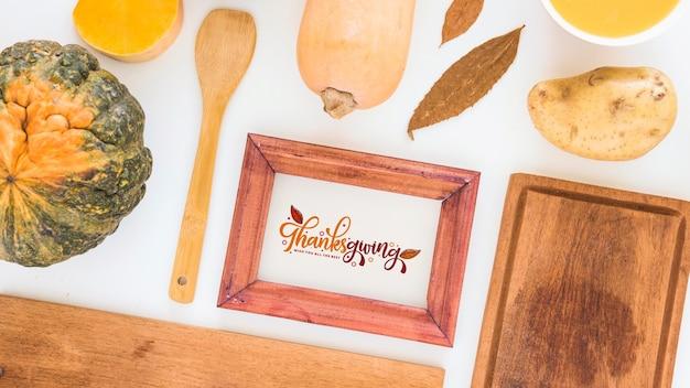 Mockup de thanksgiving con marco