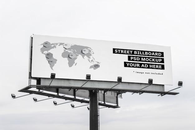 Mockup van groot megabord, commercieel reclamebord