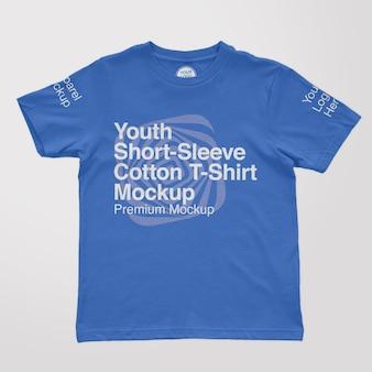 Mockup van katoenen t-shirt met korte mouwen voor jongeren