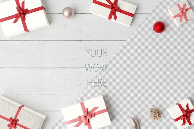 Mockup van kerst geschenkdozen met ballen en decoratie