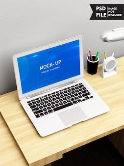 Mockup van laptop op tafel
