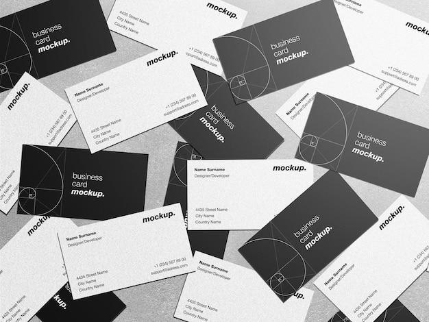 Mockup van verspreide professionele zakelijke visitekaartjes