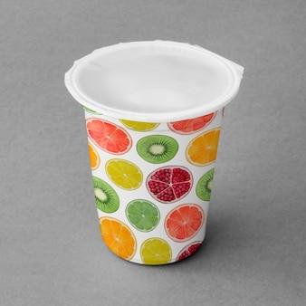Mockup de vaso de yogur