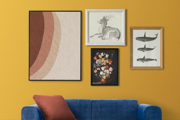 Mockup voor galerijmuur hangend in interieur in retrokamer home