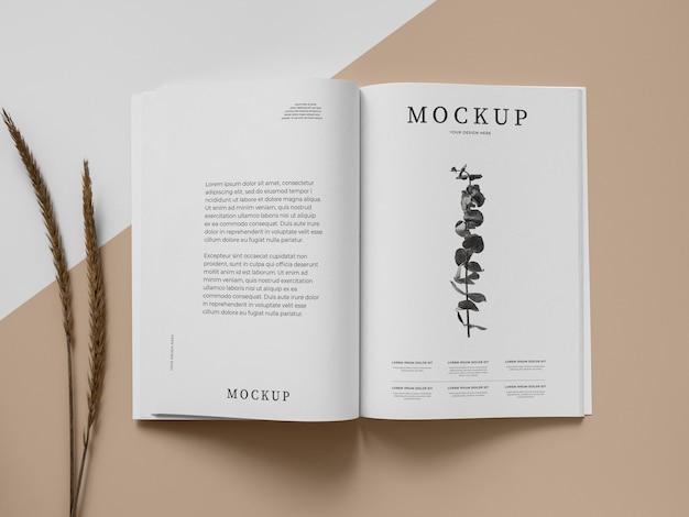 Mockup voor tijdschrift en plant