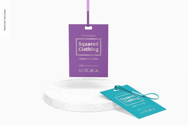 Mockup voor vierkante kledinglabels, hangend